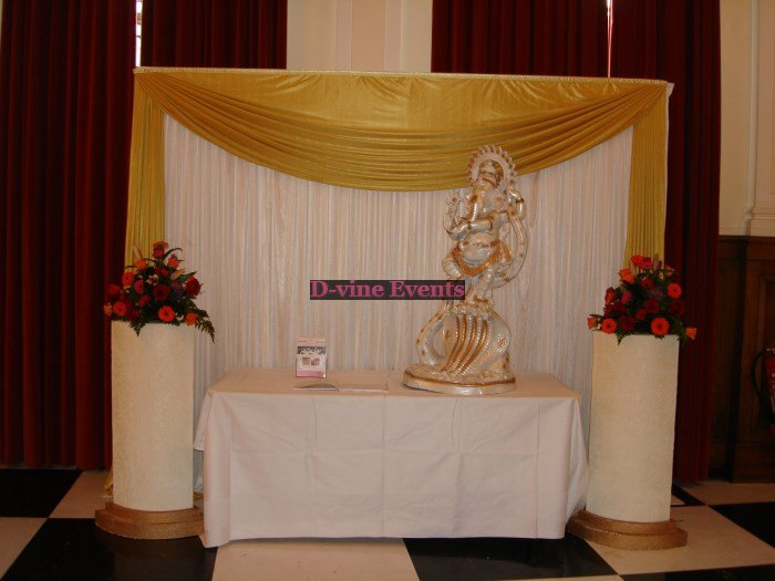 Foyer Decor For Wedding : Wedding decorations